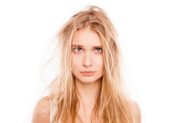 trucos-para-desenredar-el-pelo-sin-dolor-istock4