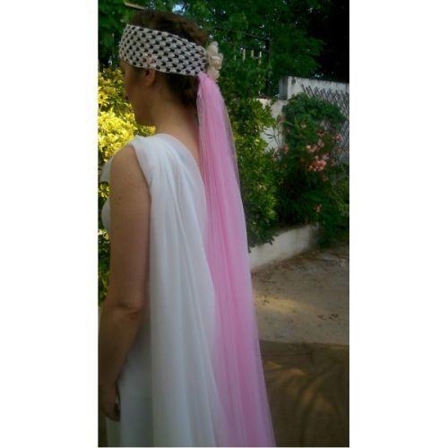 velos-de-colores-para-novia-como-llevarlos-rosa-los-zapatos-de-tu-boda