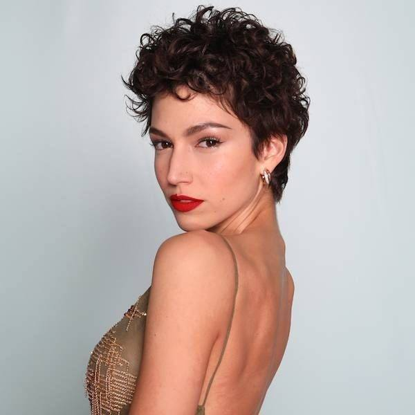 Sencillo y bonito peinados pelo ondulado mujer Fotos de tutoriales de color de pelo - Los mejores cortes de cabello para mujer Primavera Verano ...