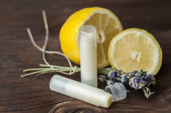 Bálsamo labial de limón