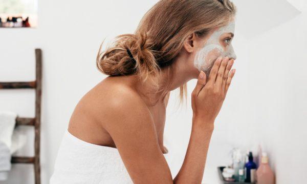 Mascarillas caseras contra los problemas de la piel en invierno