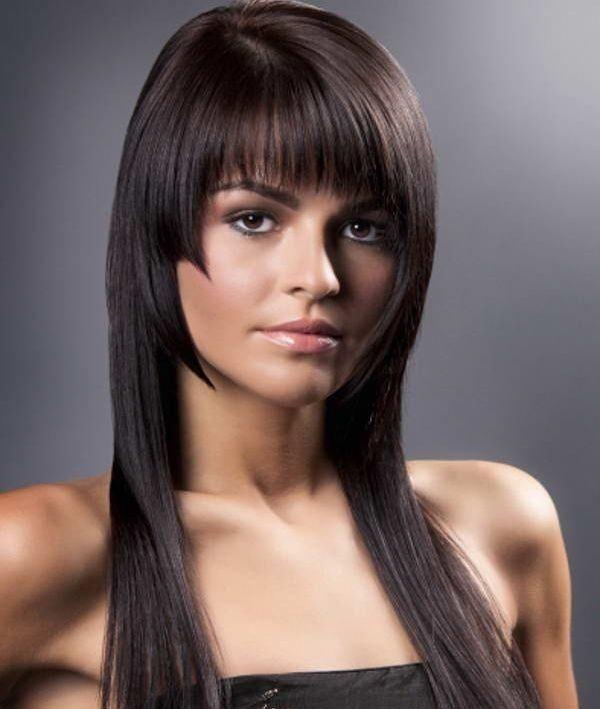 peinados-pelo-largo-suelto-liso-flequillo-cortina-escalado-pinterest