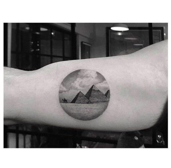 Significado de los Tatuajes de Pirámides