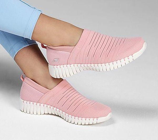 catalogo-de-zapatillas-de-mujer-go-walk-smart-wise