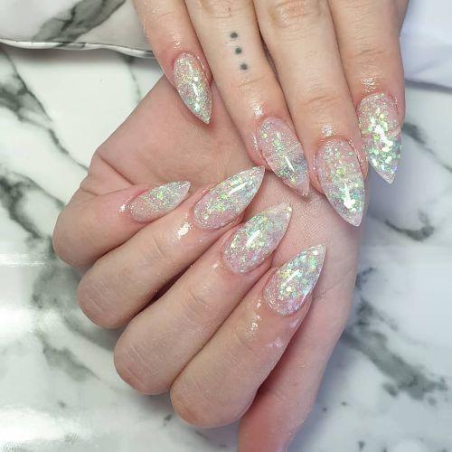 unas-decoradas-de-manos-y-pies-2020-brillantes-murgui-nails-instagram