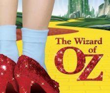 Los zapatos de El mago de Oz, serán recreados por importantes diseñadores