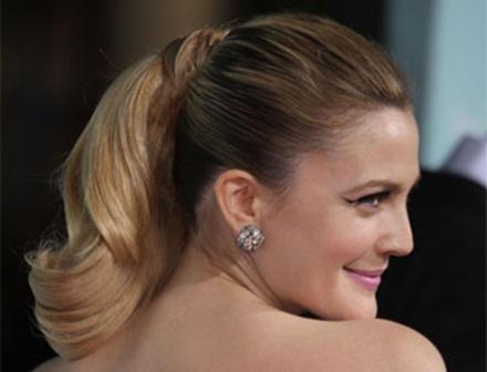 Drew Barrymore en cortes de pelo de celebridades retro