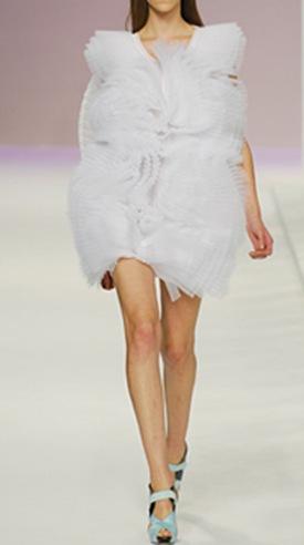 Vestidos Amaya Arzuaga 2010-4