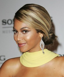 Beyonce Knowles arrives at the Sony/BMG Grammy After Party at th