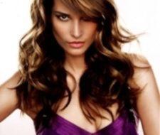 Cortes de cabello y peinados para fiestas cuando tienes cabello largo y medio ondulado
