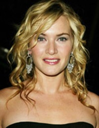 Kate Winslet arriving to the New York premiere of 'Finding Neverland' at the Brooklyn Museum in Brooklyn, New York on October 25, 2004. Brooklyn, New York Photo © Matt Baron/BEImages